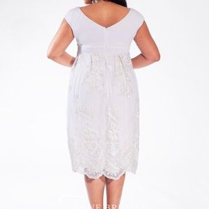 Dresses - Plus Size Wedding Dress